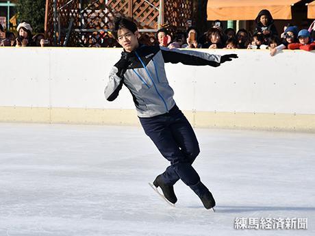 元フィギュアスケート日本代表選手の小塚崇彦さん