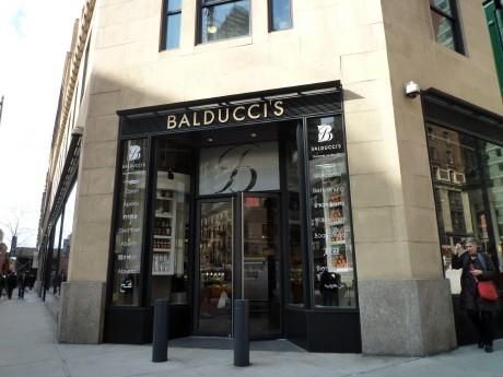 約3年ぶりにニューヨーク市内に復活したBalducci'sの外観