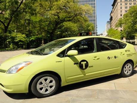 青リンゴ色のタクシーが目印 Photo by www.nyc.gov