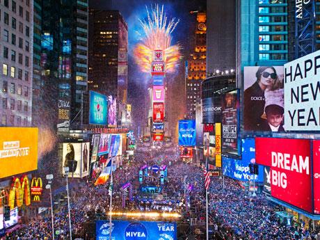 タイムズスクエアカウントダウンの様子 photo by Countdown Entertainment, LLC