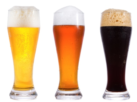 厳選したクラフトビールとワインなどが楽しめる