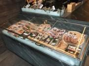 NY・ミッドタウンのレストラン「WOKUNI」で鮮魚販売