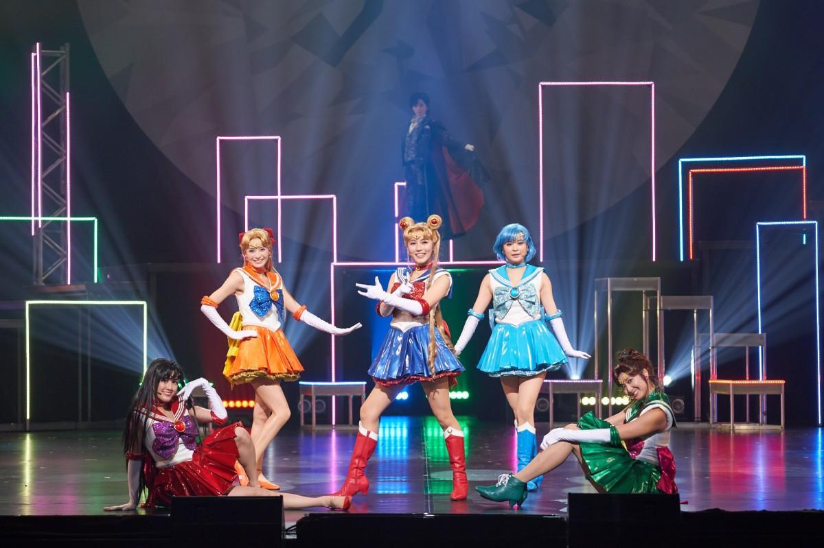 """The cast of """"Pretty Guardian Sailor Moon"""" The Super Live ©T・P/SMTSL"""