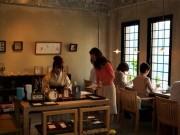横山町の日本茶カフェ「回季」でアート書道イベント-干支で書き初め