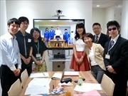 日本橋のカフェで被災地中学生にオンライン補習 ボランティア学生らが企画