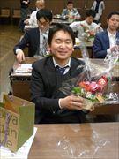明治屋京橋店で男性対象「花と料理」教室 「愛妻の日」に向け合同自主トレ