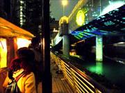日本橋川、首都高高架下へ映像照射実験 ミズベリング先行イベントで