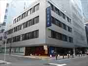 日本橋室町にオフィスビルリノベーションのカプセルホテル 女性専用フロアも
