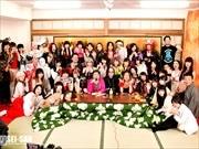 日本橋富沢町で愛好家の祭典「フェチフェス」 多様なジャンルのフェチ集合
