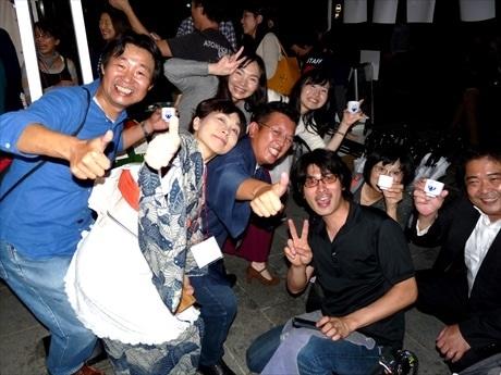 陽気な日本酒党で賑わう「福徳の森」(写真は昨年の様子)