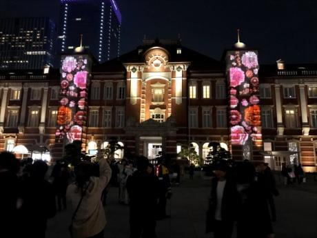 丸の内駅舎でイルミネーション「東京ミチテラス」 駅前広場オープン記念で