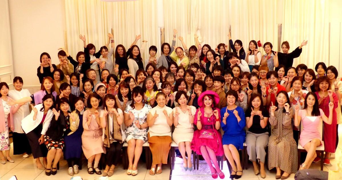 オンラインサロン講師や起業塾卒業生、レンタルオフィス会員など多様な働き方を実践する女性起業家やワーカーが出展する