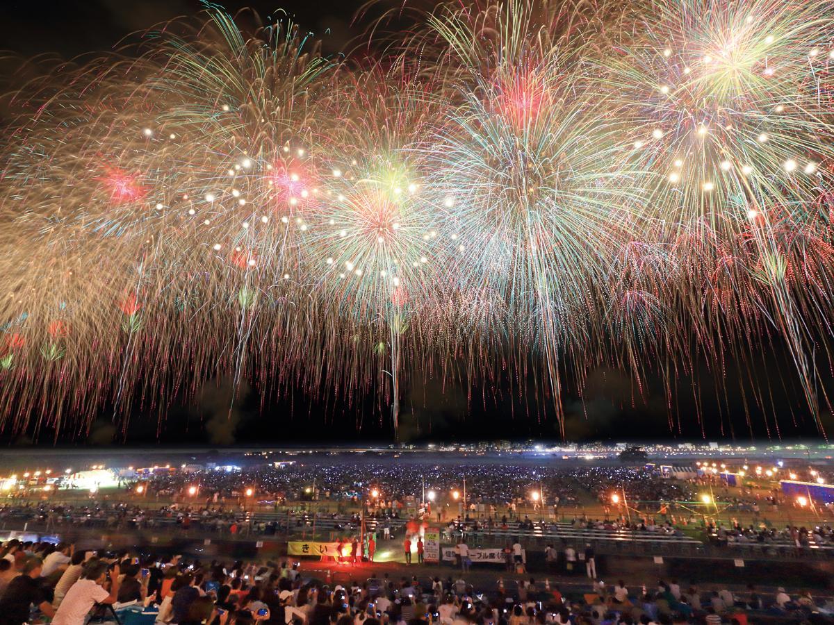 毎年約100万人が訪れる「長岡まつり大花火大会」