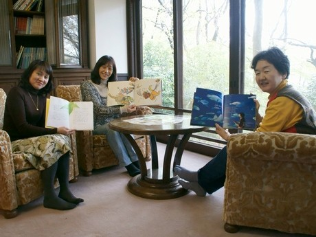 「せたぼん」のスタッフ(左から尾間さん、村上さん、中村さん)