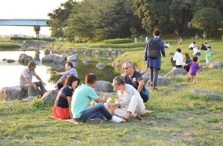 昨年、前身企画FUTAKOTAMAGAWA RIVERSIDE BEER PARTY 開催時の様子