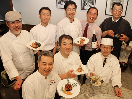 被災地支援のために立ちあがった料理人グループ「Le Lien(ルリアン)絆~食楽」メンバー