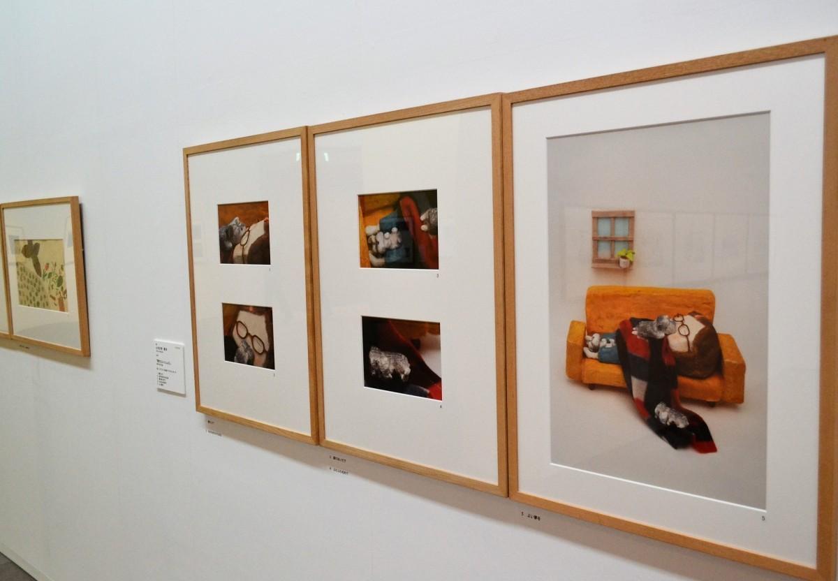 子犬がいる暮らしを粘土などで表現したいわさき智沙さんの作品「愛犬といっしょに