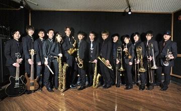 出演するビッグバンド「Lowland Jazz」