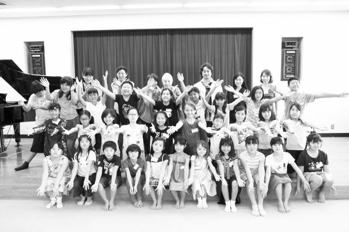 子どもオペラ教室の塾生ら(Photo??笹野正樹)