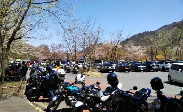 4月19日の大麦代駐車場の模様