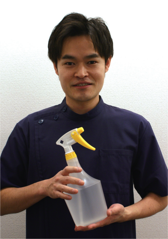 「空の容器をお持ちください」 と呼びかける矢田さん