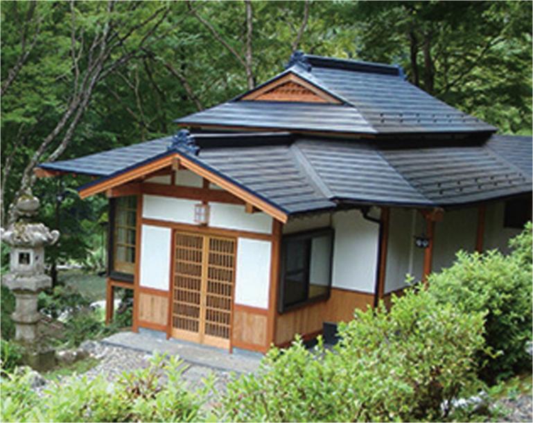 全4室がいずれも離れで、3,000坪の庭や奥多摩の自然が満喫できる