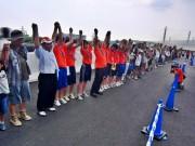 開通前の新東名に歩行者天国-福島の中高生も参加