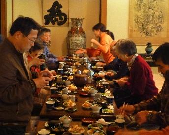 政財界人の邸園を巡った後に「小田原グルメ昼食」を味わう
