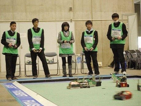 神奈川県立小田原城北工業高校のチーム「ジョウホくん」