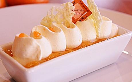 「バトー・マンダリン」(510円)一夜城ヨロイヅカファームの畑で採れたみかんとクリームチーズのなめらかなプリン