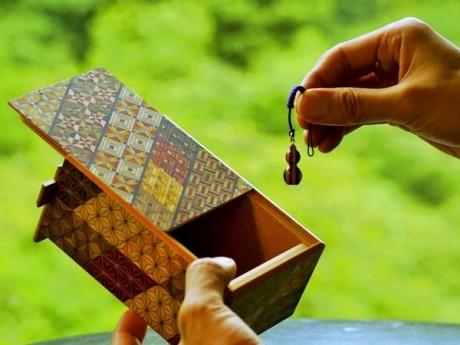 生まれてくる子どもへのメッセージを入れる「秘密箱」
