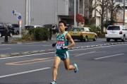 箱根路に向けて21本のタスキ激走 青山学院大がトップを維持して5区へ