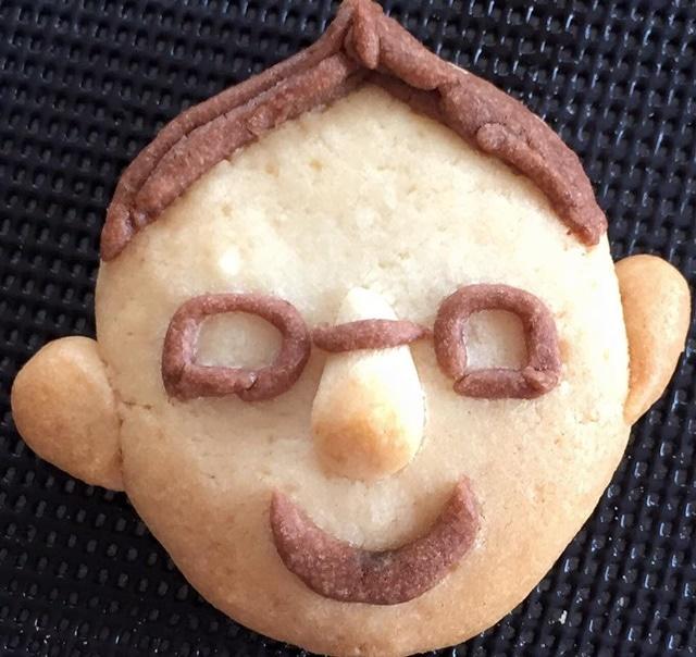 「お父さん似顔クッキー ワークショップ」で制作されたクッキー