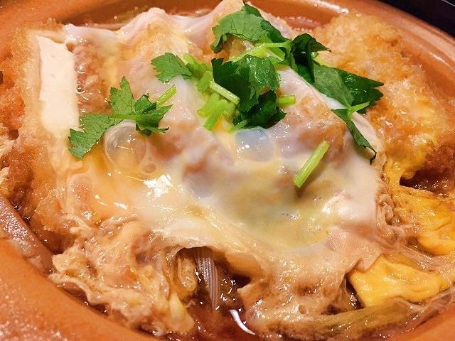 豆腐かつ煮定食(写真=松下善彦)