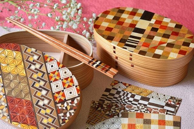 箱根寄木細工の弁当箱