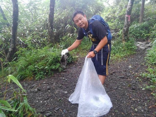 「UMEMARU Inc.」の清掃活動の様子