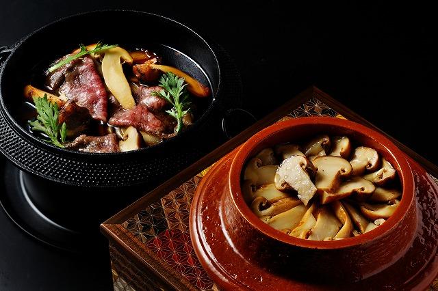 秋の味覚・松茸をぜいたくに使った秋のコース「松茸尽くし会席」。