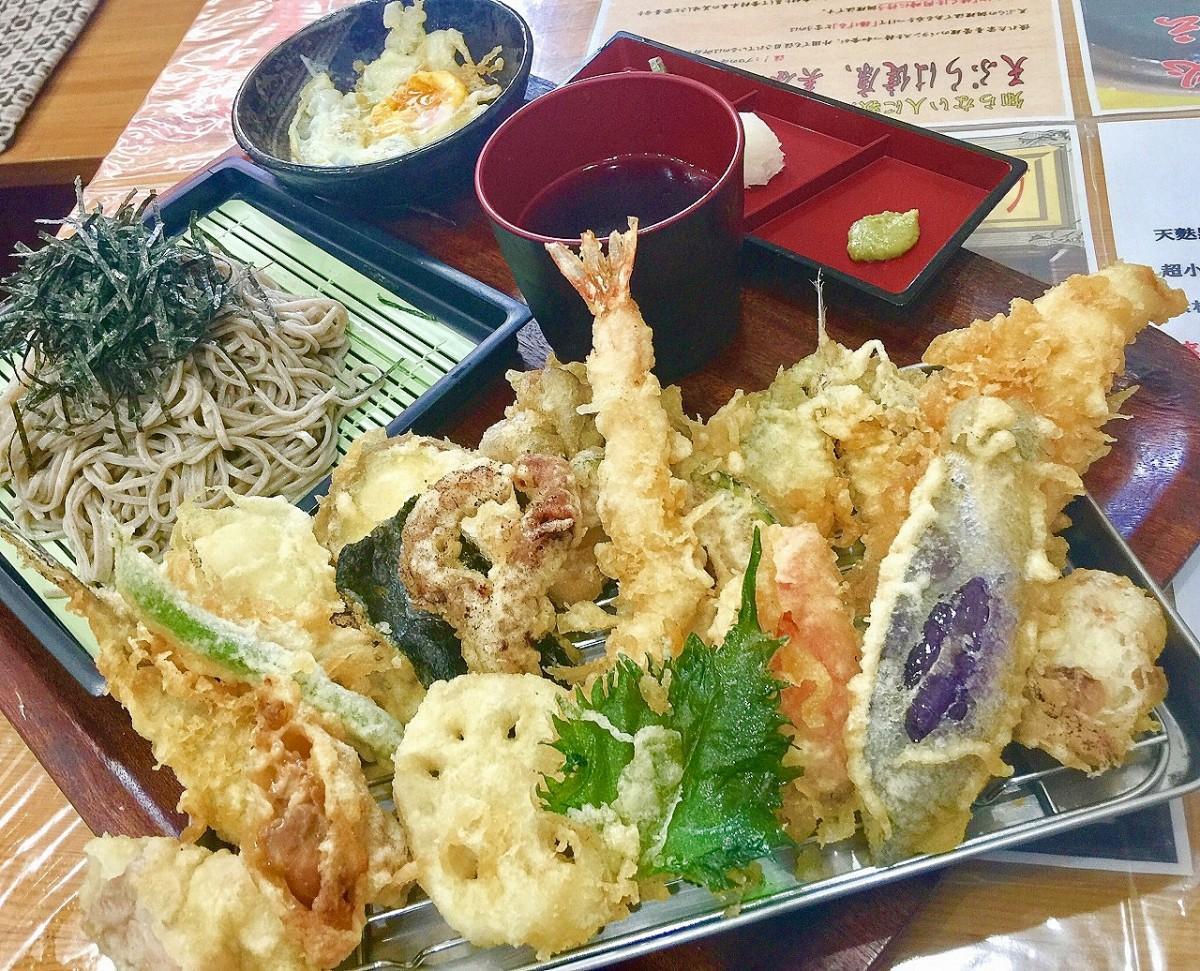 「天ぷら満天」の「贅沢蕎麦」