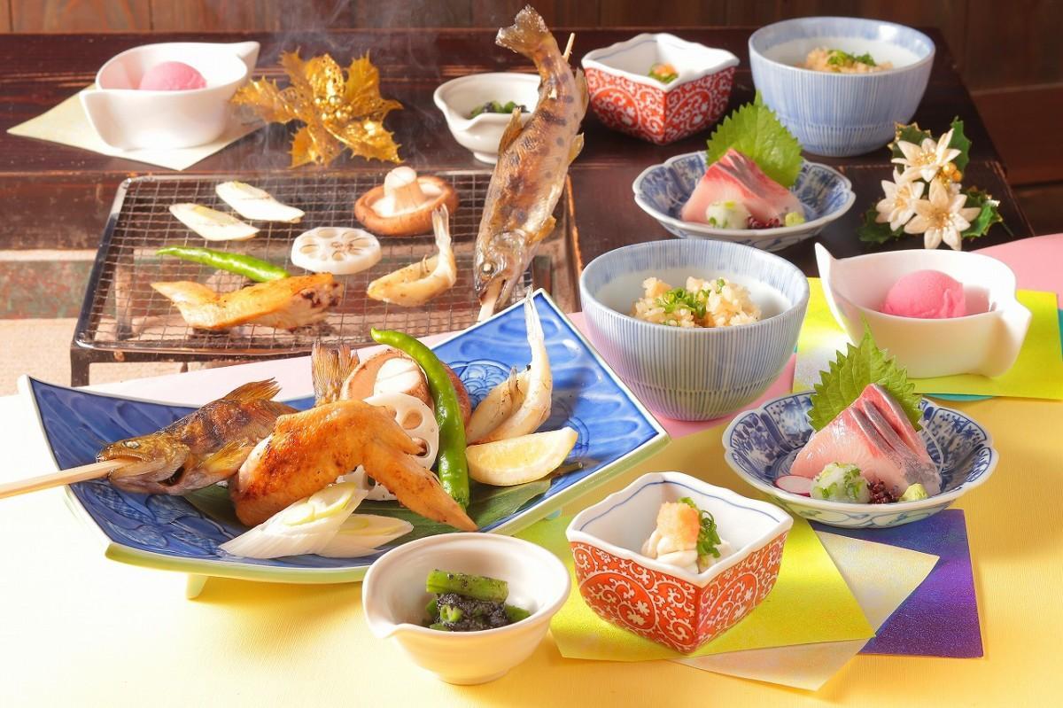 季節のおすすめ料理「冬の囲炉裏(いろり)コース」