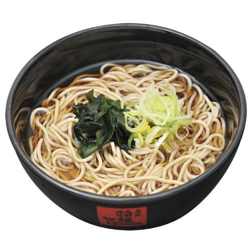 箱根そばの「かけそば」。「だしの味とそばの香りが良い」とファンが多い