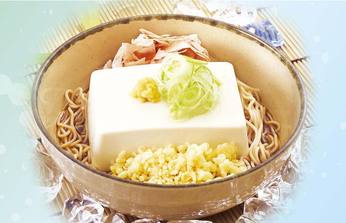 夏の風物詩として人気の「豆腐一丁そば(うどん)」