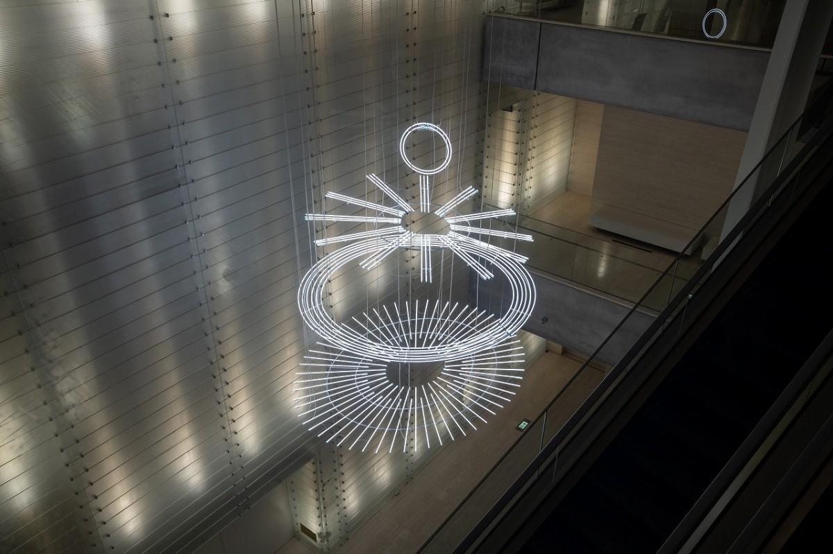ケリス・ウィン・エヴァンス「The Illuminating Gas...(after Oculist Witnesses)」©Ken KATO