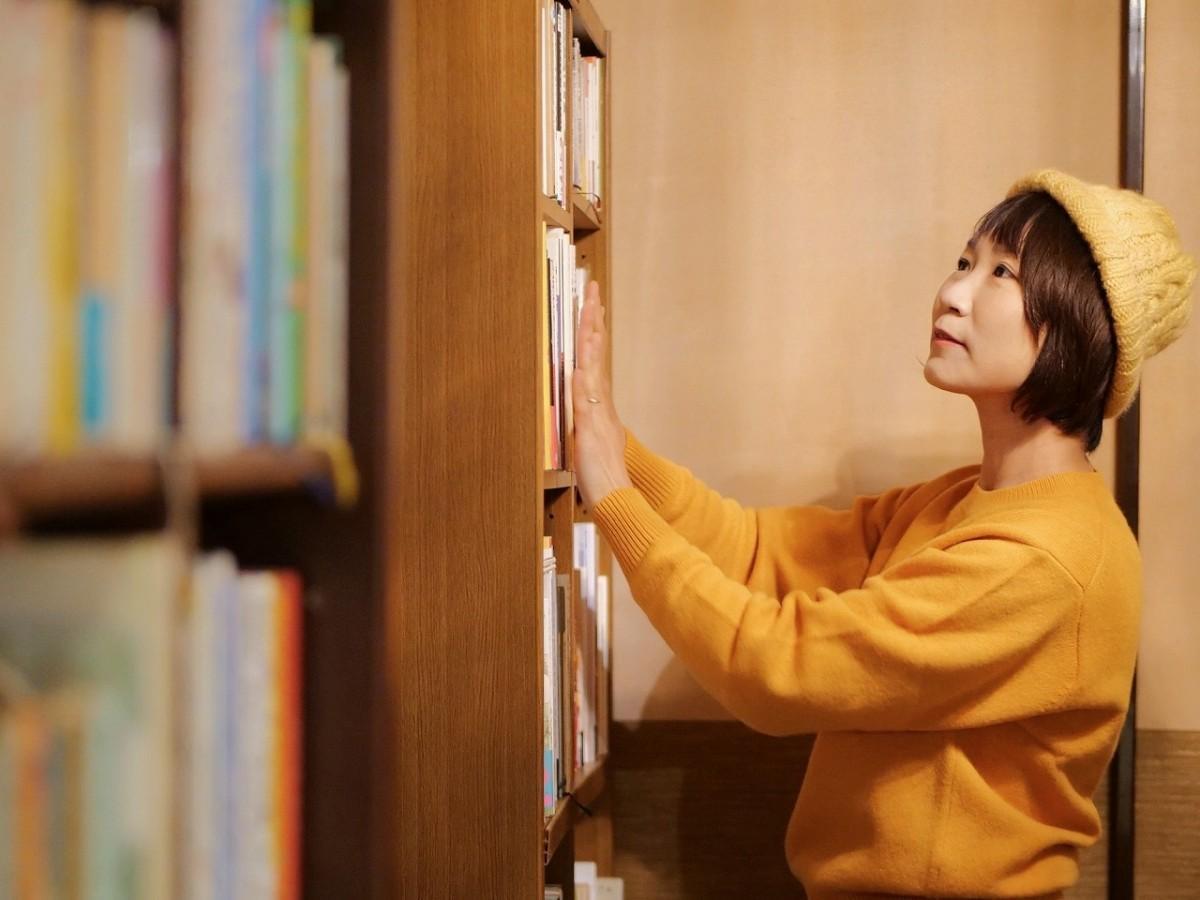 「仙石原に人と本とをつなぐ場所を作りたい」と話す廣田いとよさん