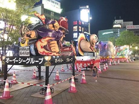 大分で夏祭り「府内戦紙」 駅前で山車展示も