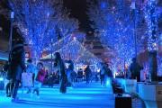 JR大分駅前で「光のファンタジー」始まる、点灯式にクリスタル・ケイさん