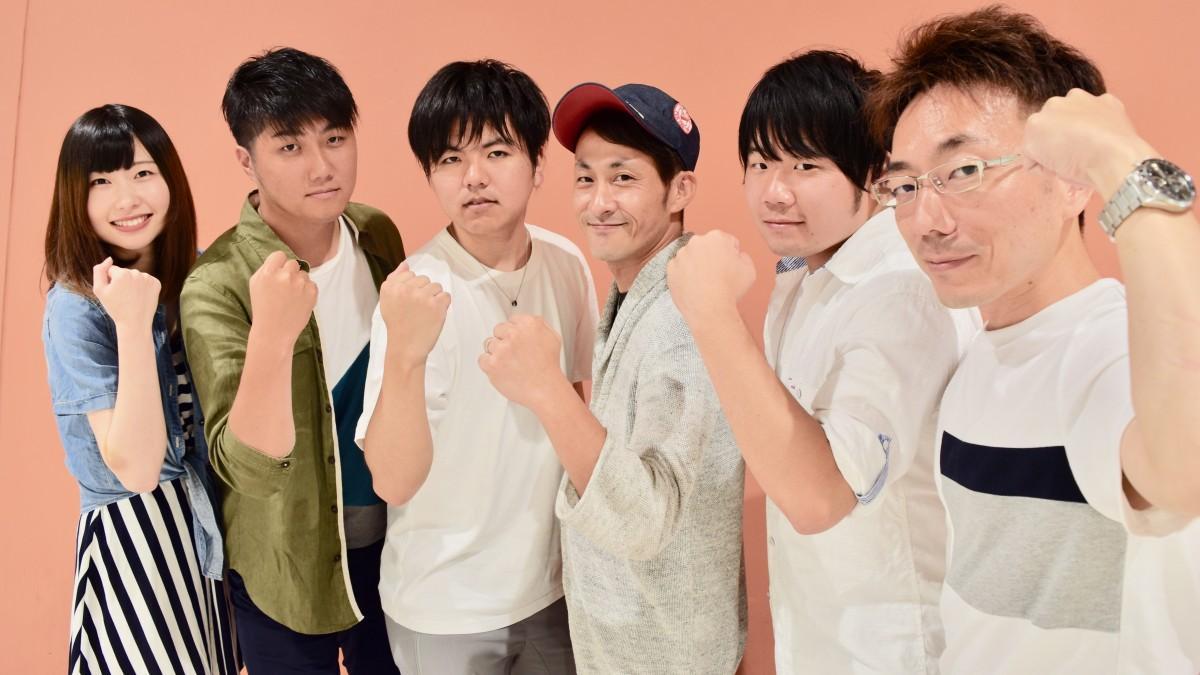 「花天月地」のメンバー(右から西村会長、佐藤さん、石田さん、後藤さん、林さん、大久保さん)