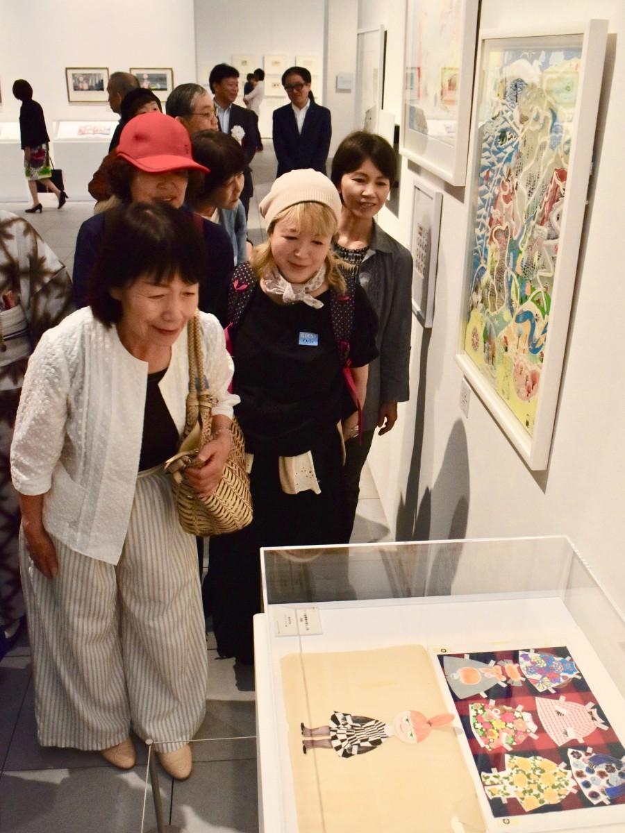 大分県立美術館で開かれている 「ムーミン展」
