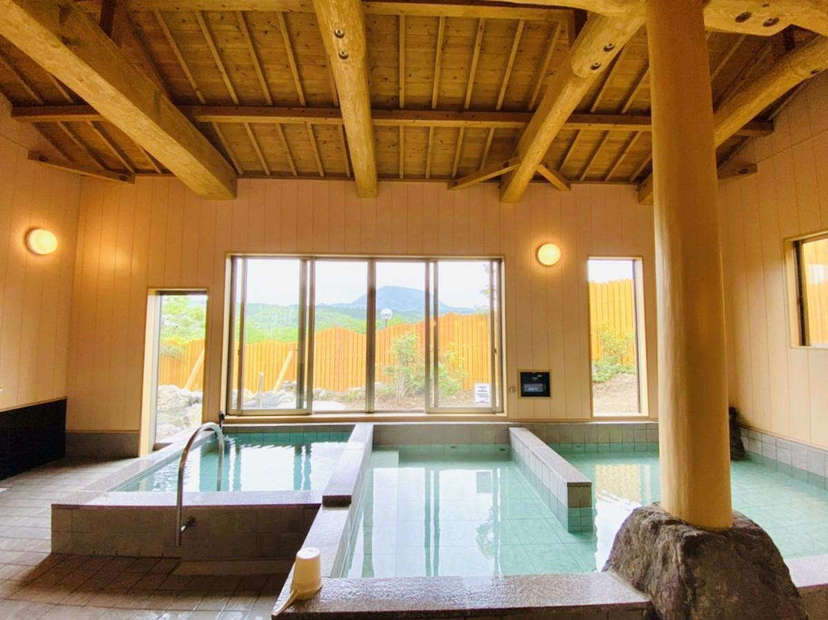 新オープンした「ゆの杜竹泉」の大浴場