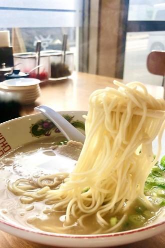 大分市の「博多ラーメン七萬」、時短要請で7時から新食文化「朝ラーメン」