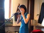 岡山で軽部りつこさんソロライブ-「オカリナ」演奏と曲披露